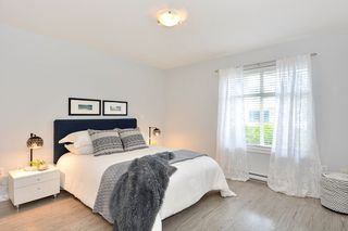 "Photo 12: 110 15621 MARINE Drive: White Rock Condo for sale in ""PACIFIC POINT"" (South Surrey White Rock)  : MLS®# R2348468"