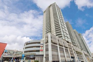 """Main Photo: 2108 888 CARNARVON Street in New Westminster: Downtown NW Condo for sale in """"MARINUS"""" : MLS®# R2358554"""