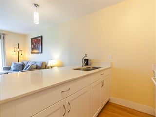 Photo 11: 204 33 N TEMPLETON Drive in Vancouver: Hastings Condo for sale (Vancouver East)  : MLS®# R2361310