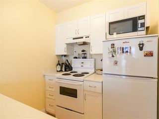 Photo 10: 204 33 N TEMPLETON Drive in Vancouver: Hastings Condo for sale (Vancouver East)  : MLS®# R2361310