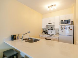 Photo 8: 204 33 N TEMPLETON Drive in Vancouver: Hastings Condo for sale (Vancouver East)  : MLS®# R2361310