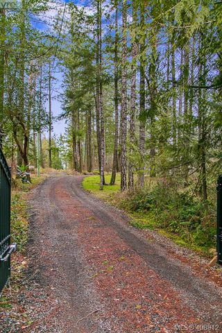 Photo 27: 3220 Eagles Lake Rd in VICTORIA: Hi Eastern Highlands Single Family Detached for sale (Highlands)  : MLS®# 812574