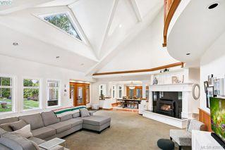Photo 5: 3220 Eagles Lake Rd in VICTORIA: Hi Eastern Highlands House for sale (Highlands)  : MLS®# 812574