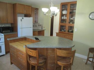 Photo 2: 671 VILLAGE Drive: Sherwood Park House for sale : MLS®# E4155592