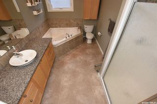 Photo 17: 4802 Sandpiper Crescent East in Regina: The Creeks Residential for sale : MLS®# SK771375