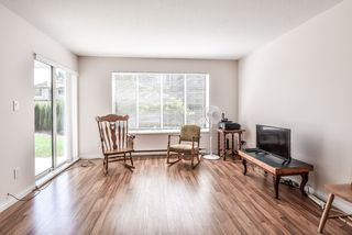 Photo 6: 203 1750 MCKENZIE Road in Abbotsford: Poplar Townhouse for sale : MLS®# R2373230