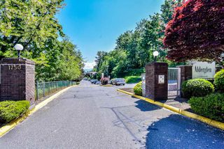 Photo 1: 203 1750 MCKENZIE Road in Abbotsford: Poplar Townhouse for sale : MLS®# R2373230