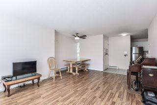 Photo 8: 203 1750 MCKENZIE Road in Abbotsford: Poplar Townhouse for sale : MLS®# R2373230