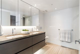 """Photo 8: 803 1571 W 57TH Avenue in Vancouver: South Granville Condo for sale in """"WILTSHIRE HOUSE SHANNON WALL CEN"""" (Vancouver West)  : MLS®# R2376331"""