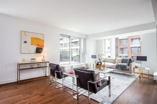 """Photo 2: 803 1571 W 57TH Avenue in Vancouver: South Granville Condo for sale in """"WILTSHIRE HOUSE SHANNON WALL CEN"""" (Vancouver West)  : MLS®# R2376331"""
