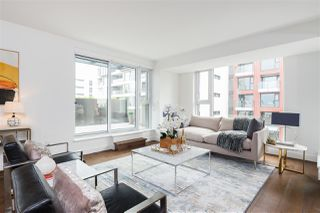 """Photo 3: 803 1571 W 57TH Avenue in Vancouver: South Granville Condo for sale in """"WILTSHIRE HOUSE SHANNON WALL CEN"""" (Vancouver West)  : MLS®# R2376331"""