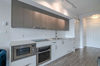 Photo 7: 407 809 FOURTH Avenue in New Westminster: Uptown NW Condo for sale : MLS®# R2380891