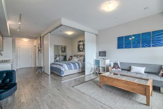 Photo 1: 407 809 FOURTH Avenue in New Westminster: Uptown NW Condo for sale : MLS®# R2380891