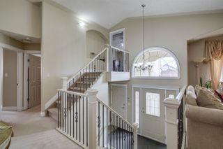 Photo 2: 8010 164 Avenue in Edmonton: Zone 28 House for sale : MLS®# E4163353