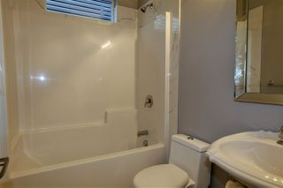 Photo 4: 11027 132 Street NW in Edmonton: Zone 07 House for sale : MLS®# E4130185