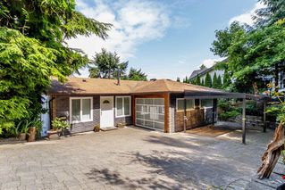 """Photo 1: 1512 PRINCE Street in Port Moody: College Park PM House for sale in """"COLLEGE PARK"""" : MLS®# R2387569"""