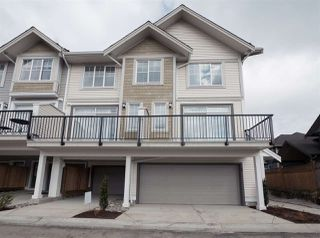 Photo 2: 1 7169 208A Street in Langley: Willoughby Heights Townhouse for sale : MLS®# R2405176