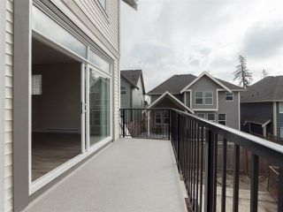 Photo 10: 1 7169 208A Street in Langley: Willoughby Heights Townhouse for sale : MLS®# R2405176