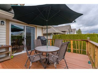 """Photo 19: 6 3348 MT LEHMAN Road in Abbotsford: Abbotsford West Townhouse for sale in """"Eden Court"""" : MLS®# R2409741"""