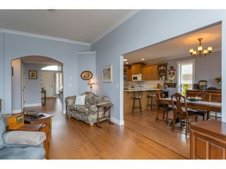 """Photo 10: 6 3348 MT LEHMAN Road in Abbotsford: Abbotsford West Townhouse for sale in """"Eden Court"""" : MLS®# R2409741"""