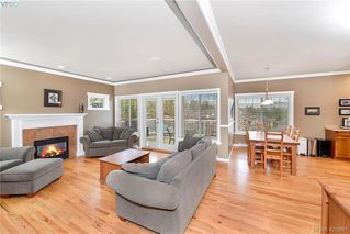 Photo 10: 2278 Setchfield Ave in VICTORIA: La Bear Mountain House for sale (Langford)  : MLS®# 833047
