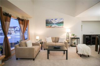 Photo 3: 3 Higham Bay in Winnipeg: River Park South Residential for sale (2F)  : MLS®# 202005901