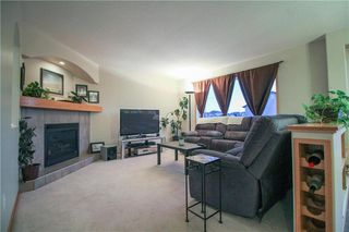Photo 9: 3 Higham Bay in Winnipeg: River Park South Residential for sale (2F)  : MLS®# 202005901