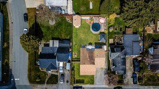 Photo 2: 20565 WESTFIELD Avenue in Maple Ridge: Southwest Maple Ridge House for sale : MLS®# R2449573