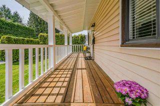Photo 3: 20565 WESTFIELD Avenue in Maple Ridge: Southwest Maple Ridge House for sale : MLS®# R2449573