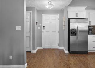 Photo 5: 209 9811 96A Street in Edmonton: Zone 18 Condo for sale : MLS®# E4201493