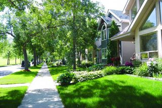 Photo 35: 209 9811 96A Street in Edmonton: Zone 18 Condo for sale : MLS®# E4201493