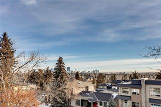 Photo 2: 3917 17 Street SW in Calgary: Altadore Semi Detached for sale : MLS®# A1019221
