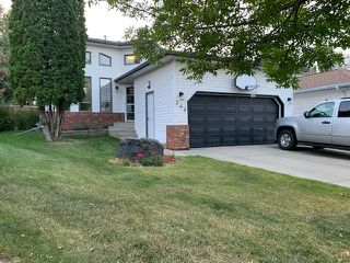 Main Photo: 254 REGENCY Drive: Sherwood Park House for sale : MLS®# E4214796