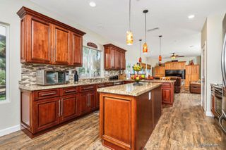 Photo 6: RAMONA House for sale : 5 bedrooms : 790 Sunny Hills Ct