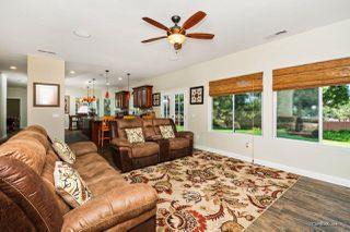 Photo 3: RAMONA House for sale : 5 bedrooms : 790 Sunny Hills Ct