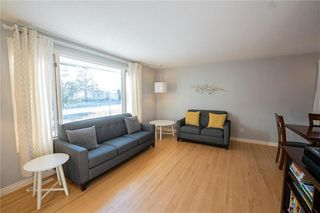 Photo 3: 63 Kirby Drive in Winnipeg: Heritage Park Residential for sale (5H)  : MLS®# 202027921