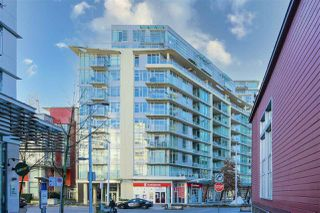 Photo 2: 203 88 W 1ST Avenue in Vancouver: False Creek Condo for sale (Vancouver West)  : MLS®# R2523994
