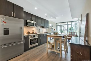 Photo 5: 203 88 W 1ST Avenue in Vancouver: False Creek Condo for sale (Vancouver West)  : MLS®# R2523994