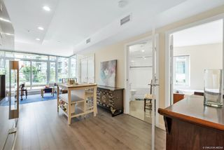 Photo 6: 203 88 W 1ST Avenue in Vancouver: False Creek Condo for sale (Vancouver West)  : MLS®# R2523994
