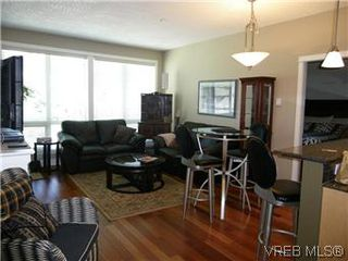 Photo 5: 302 627 Brookside Rd in VICTORIA: Co Latoria Condo Apartment for sale (Colwood)  : MLS®# 582794