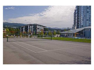 "Photo 9: 411 600 KLAHANIE Drive in Port Moody: Port Moody Centre Condo for sale in ""BOARDWALK"" : MLS®# V919334"