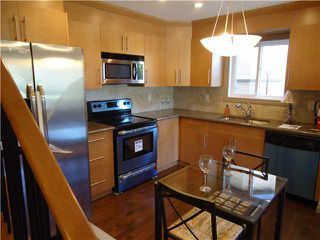 Photo 7: 1 819 McDOUGALL Road NE in CALGARY: Bridgeland Townhouse for sale (Calgary)  : MLS®# C3499703