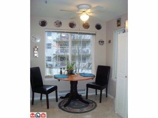 Photo 3: 208 5465 201ST Street in Langley: Langley City Condo for sale : MLS®# F1208527