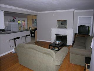 Photo 4: 355 E 15TH Street in North Vancouver: Central Lonsdale House for sale : MLS®# V1031212