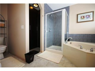 Photo 11: 4 SOMERSIDE Bay SW in CALGARY: Somerset Residential Detached Single Family for sale (Calgary)  : MLS®# C3613424