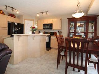 Photo 5: 4 SOMERSIDE Bay SW in CALGARY: Somerset Residential Detached Single Family for sale (Calgary)  : MLS®# C3613424