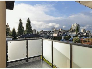 Photo 18: A 234 E 18TH Street in North Vancouver: Central Lonsdale House 1/2 Duplex for sale : MLS®# V1069556