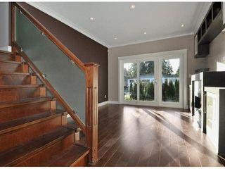 Photo 3: A 234 E 18TH Street in North Vancouver: Central Lonsdale House 1/2 Duplex for sale : MLS®# V1069556