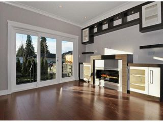 Photo 4: A 234 E 18TH Street in North Vancouver: Central Lonsdale House 1/2 Duplex for sale : MLS®# V1069556