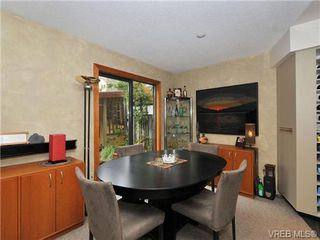Photo 10: 54 Falstaff Pl in VICTORIA: VR Glentana House for sale (View Royal)  : MLS®# 684720